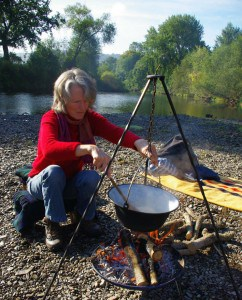 cooking outdoors campfire kotlich
