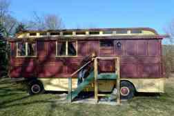 Showman's caravan