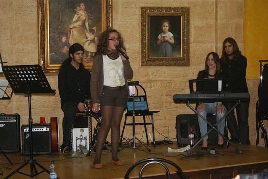 Un momento de la actuación musical de los alumnos de la Escuela de Canto Andaluza.