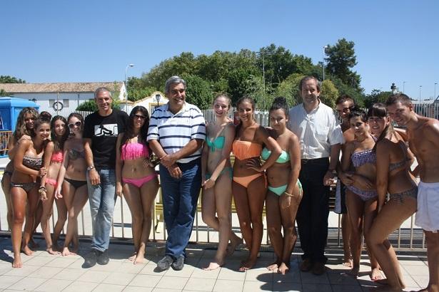 Concejales de Andújar en el  Pool Party.