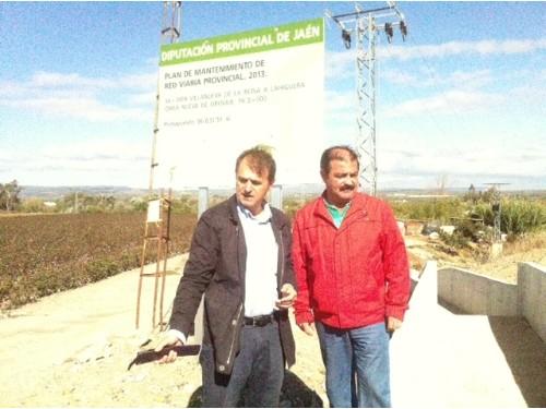 Blas Alves y José Castro en la carretera JA-3409 (Villanueva de la Reina-Lahiguera).