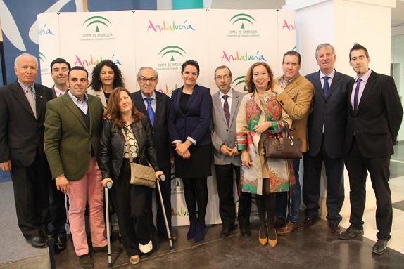 Delegación de Andújar que asistió a la Jornada sobre Cámaras Oficiales de Comercio de Málaga.