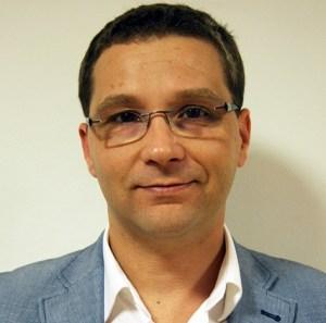 Francisco Huertas.