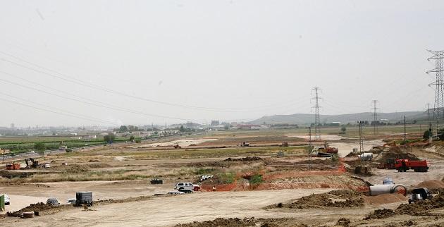 Foto de archivo de obras de urbanización de Innovandújar.