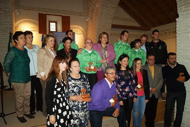 Personas de la comarca reconocidas por Prodecan, junto a las autoridades.
