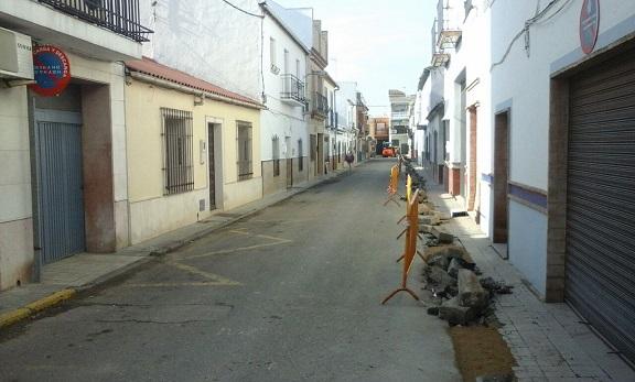 Actuales obras en la calle Marmolejo, de Andújar.