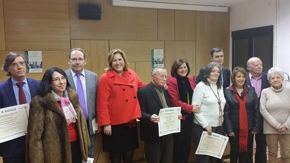 Sánchez Rubio entrega los premios del certamen literario para mayores.