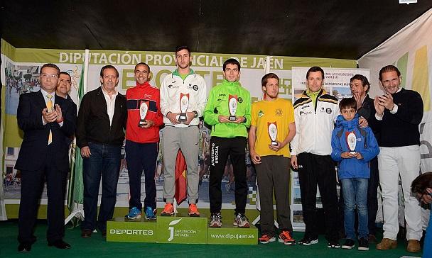 Acto de entrega de premios a los ganadores de la categoría masculina.