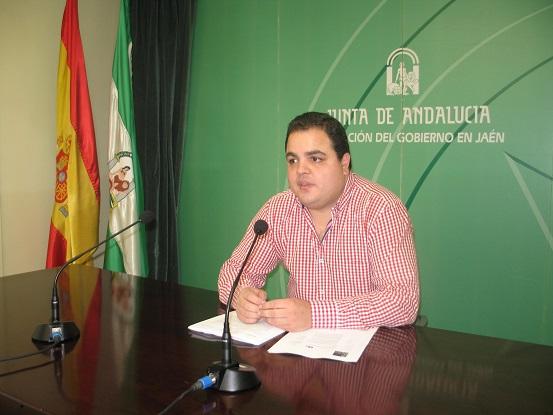 El coordinador provincial del Instituto Andaluz de la Juventud (IAJ), Víctor Torres.
