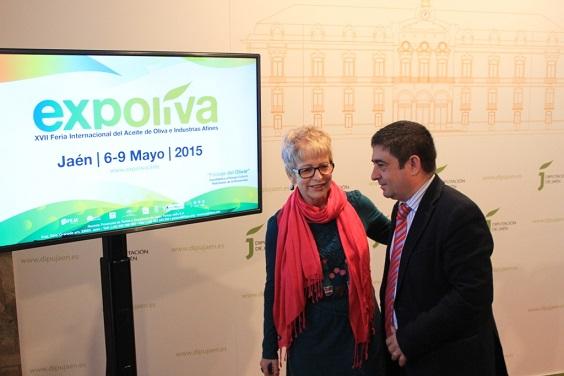 """Elena Víboras y Francisco Reyes durante la presentación de """"Expoliva"""" en Jaén.,"""