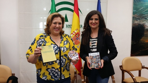 Las delegadas territoriales de Igualdad, Salud y Políticas Sociales, Ángeles Jiménez, y de Educación, Cultura y Deporte, Yolanda Caballero.