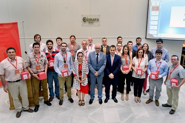 Sánchez Maldonado, con los responsables de los proyectos seleccionados.