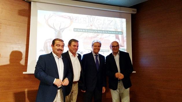 José Castro, Juan Eugenio Ortega, José Márquez y Manuel Fernández durante la presentación de Ibercaza 2015.