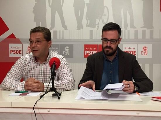 El diputado socialista Felipe Sicilia en una anterior visita a Andújar.