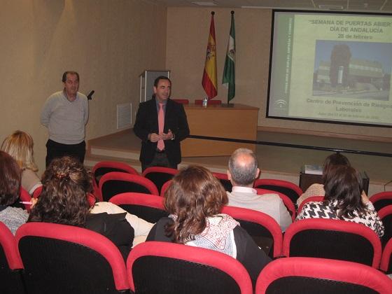El delegado territorial de Economía, Innovación, Ciencia y Empleo, Antonio de la Torre,  inauguró este curso formativo.