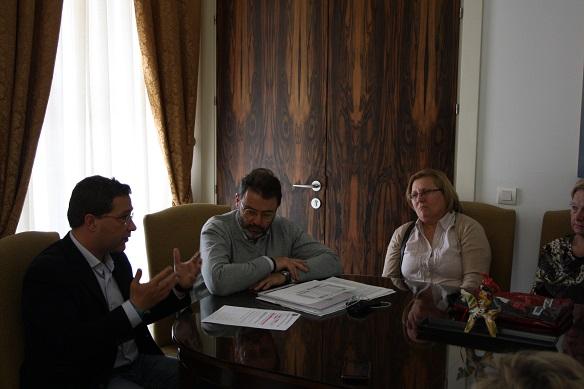 El alcalde de Andújar, Paco Huertas,  ha mantenido una reunión con el delegado territorial de Fomento y Vivienda de la Junta de Andalucía, Rafael Valdivieso.