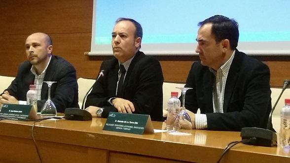 """Acto de inauguración de las jornadas """"Municipalismo, cooperativismo e innovación social""""."""