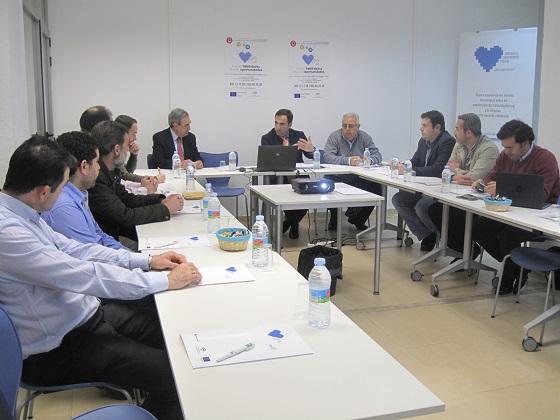 El delegado territorial de Economía, Innovación, Ciencia y Empleo, Antonio de la Torre, presidió este encuentro.