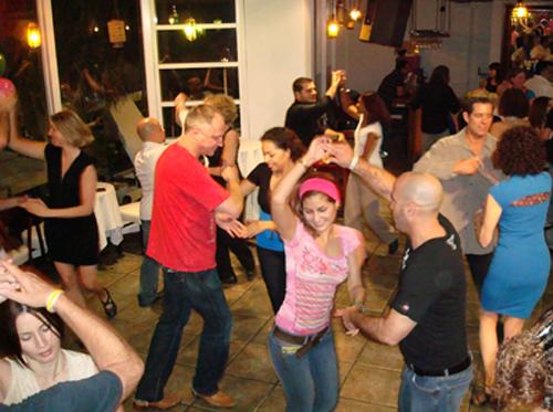 Una imagen de estas clases de baile desarrolladas en Andújar.