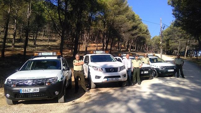 El delegado territorial de Medio Ambiente y Ordenación del Territorio, Juan Eugenio Ortega, ha presentado los cuatro nuevos vehículos.