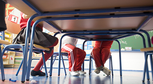 La Consejería de Educación entregará nuevo equipamiento en 550 colegios e institutos andaluces. Foto: Junta de Andalucía.