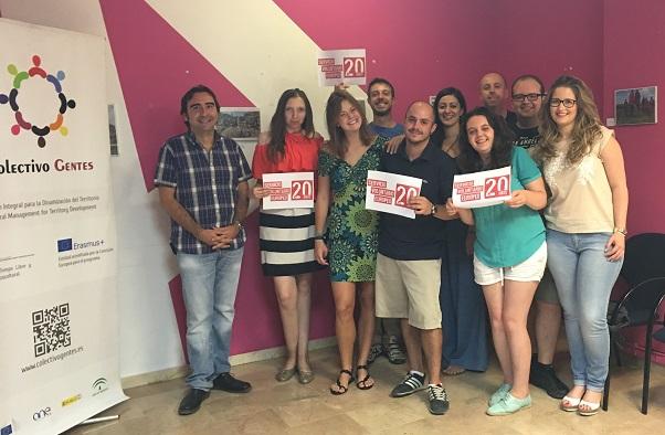 La coordinadora provincial del Instituto Andaluz de la Juventud (IAJ), Ana Morillo, inauguró esta esposición.