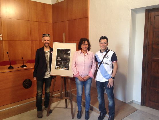 María José Bueno, Manuel Guerrero y José Antonio Muñoz presentan la obra.