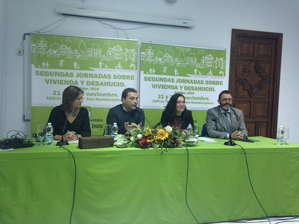 Encarna Camacho, Paco Huertas y Rafael Valdivielso, en la inauguración de estas jornadas.