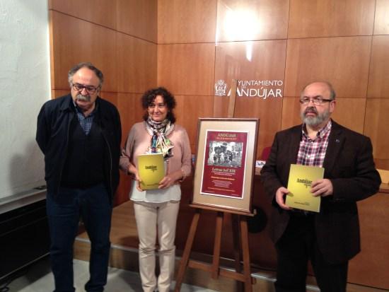 Juan Vicente Córcoles, María José Bueno y Enrique Gómez han presentado esta nueva convocatoria.