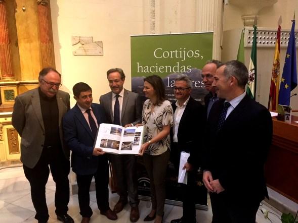 Arquitectura de las grandes explotaciones agrarias en Andalucía