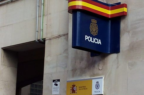 La Policía Nacional detiene en Jaén a dos personas por extorsión, amenazas y estafa.