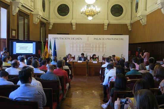 El Consejo de Alcaldes y Alcaldesas que abordará las propuestas para afrontar la crisis del Covid-19 se celebrará el 14 de mayo.