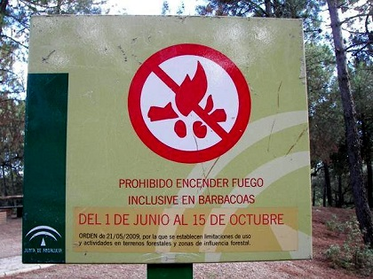 Prohibidas las barbacoas y quemas agrícolas en los espacios forestales de Andalucía.