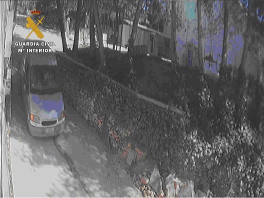 La Guardia Civil investiga a una persona como presunto autor de un delito de Hurto.