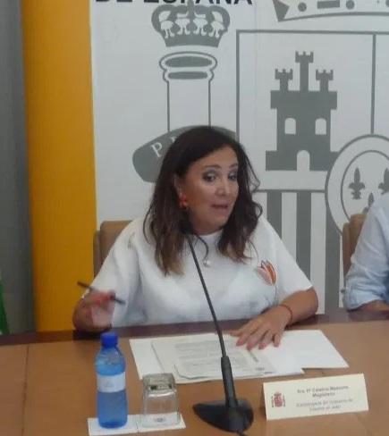 """La subdelegada subraya el apoyo constante del Gobierno a los municipios, """"con políticas que protegen sus recursos""""."""