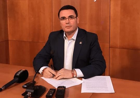 """El concejal de Economía de Andújar lamenta la campaña de """"alarmismo"""" y """"deslealtad"""" del grupo municipal de «Andalucía Por Sí»."""