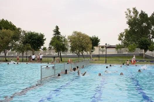 La piscina municipal de Andújar reabrirá sus puertas el próximo 29 de junio con todas las medidas de prevención y seguridad para la ciudadanía.