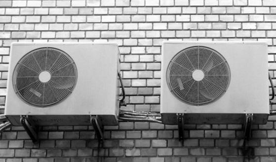 La Junta recomienda aires acondicionados 'A', consumen menos electricidad y reducen la factura.