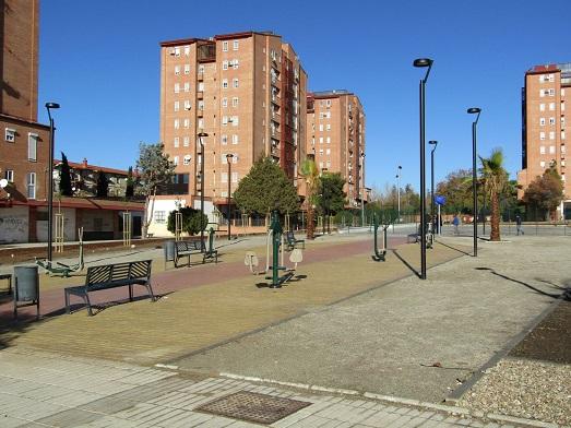 La Junta mejora la accesibilidad a 129 viviendas en Andújar, Linares, Martos y Fuerte del Rey.