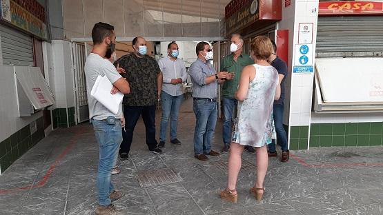 El Ayuntamiento de Andújar prosigue con la regeneración económica y comercial del municipio con la mejora de la accesibilidad de la Plaza de Abastos.