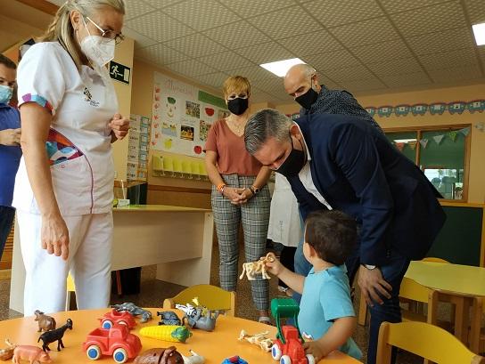 4.700 jiennenses menores de 3 años inician hoy el curso con seguridad y más inversión.