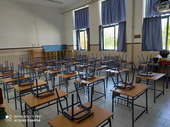 La AMPA «Martín Valcárcel» apoya a las familias del CEIP Miguel de Cervantes de Lopera (Jaén) para conseguir el desdoble de aquellas aulas que superan la ratio.