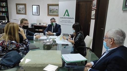La Junta refuerza los centros educativos de Andújar con más docentes, desinfección e infraestructuras.