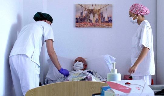 Casi 2.000 profesionales recibirán formación 'on line' para prevenir el contagio del Covid-19 en residencias.