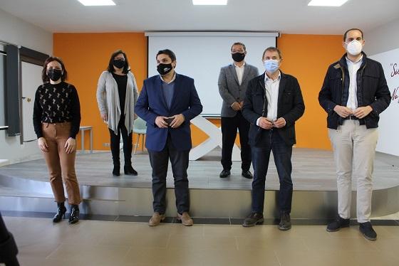 """Los alcaldes y alcaldesas de la Comarca se vuelven a reunir para denunciar la """"fuga"""" de profesionales médicos del Hospital Alto Guadalquivir."""