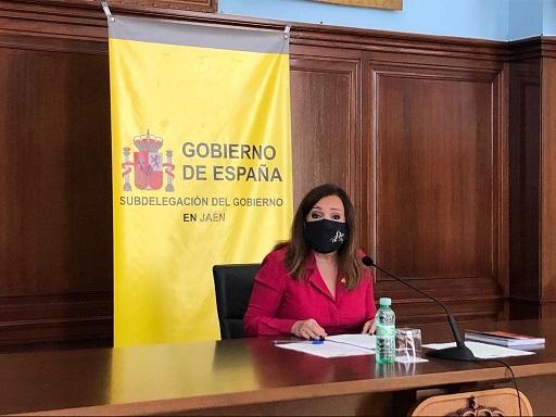 La subdelegada destaca las medidas puestas en marcha por el Gobierno que han permitido que 54.671 asalariados y 3.482 autónomos jiennenses recibieran algún tipo de prestación en diciembre.