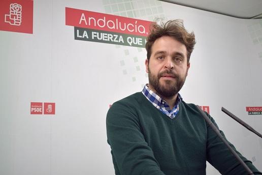 """El PSOE reitera que la transición de la PAC beneficia a la mayoría de agricultores y """"los que más ganan son los que pierden""""."""