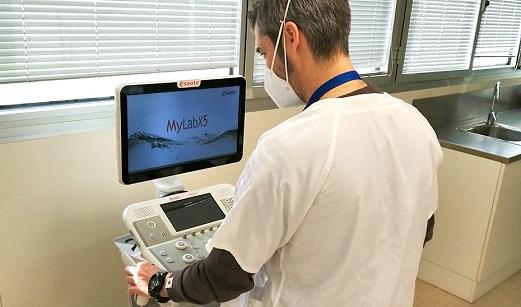 El SAS formará a más de 6.800 médicos de atención primaria en el diagnóstico del Covid por ecografía.