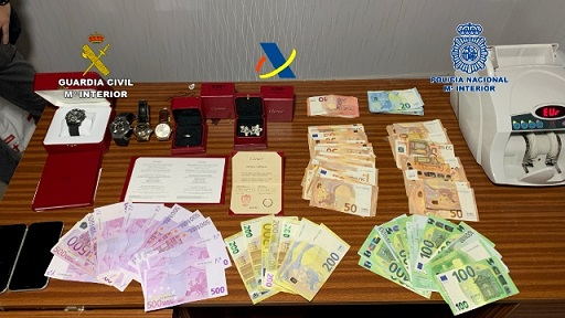 Desarticulada una mafia china dedicada al tráfico de drogas internacional y blanqueo de capitales a través de empresas de paquetería.