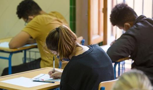 Ocho institutos andaluces ofertan la doble titulación de Bachillerato español y francés.